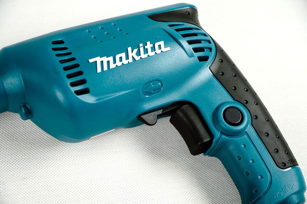 Máy khoan sắt 10mm Makita 6413