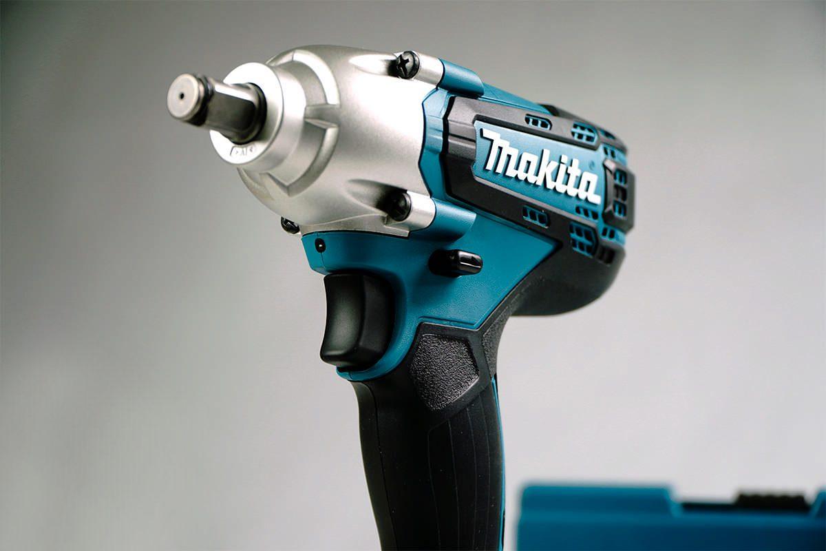 Máy siết bu lông pin 18V Makita DTW190SFX7