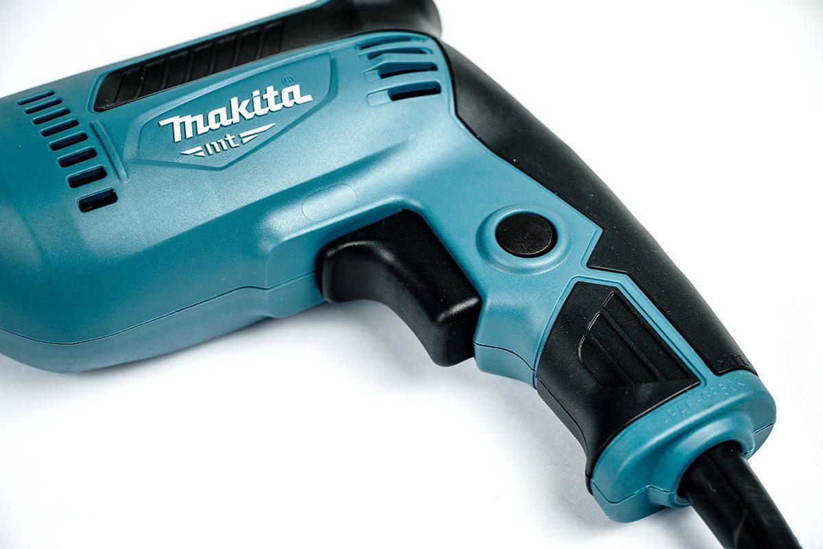 Máy khoan sắt 10mm Makita M6000B