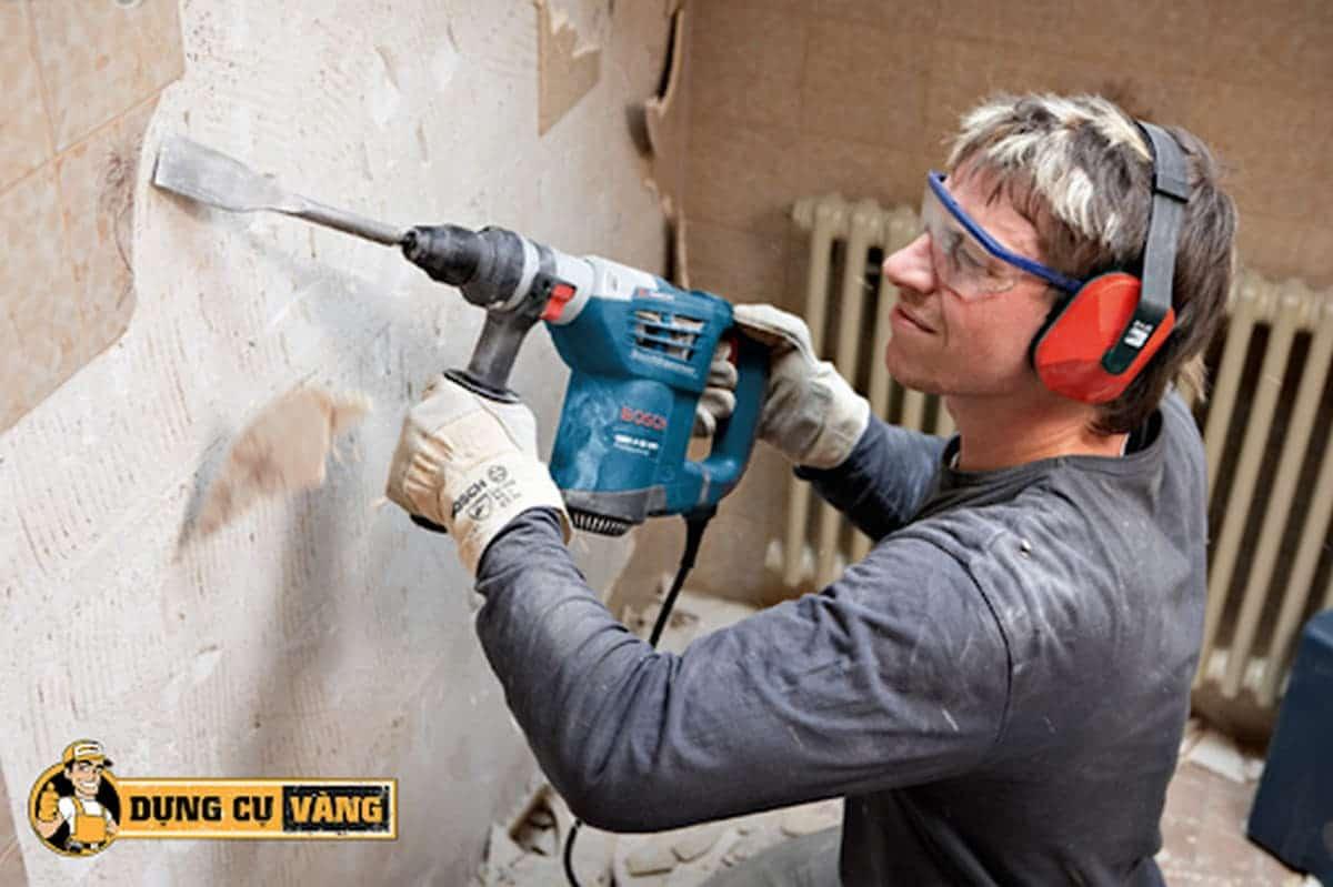 cách sử dụng máy khoan tường