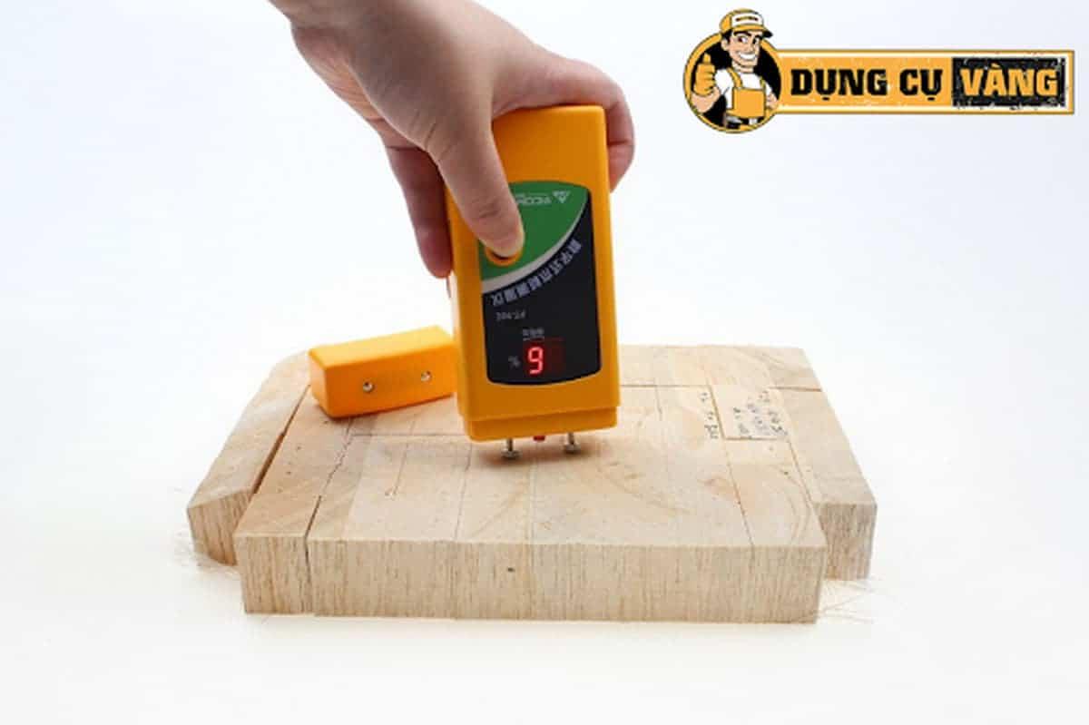 Máy đo độ ẩm của gỗ tiện dụng